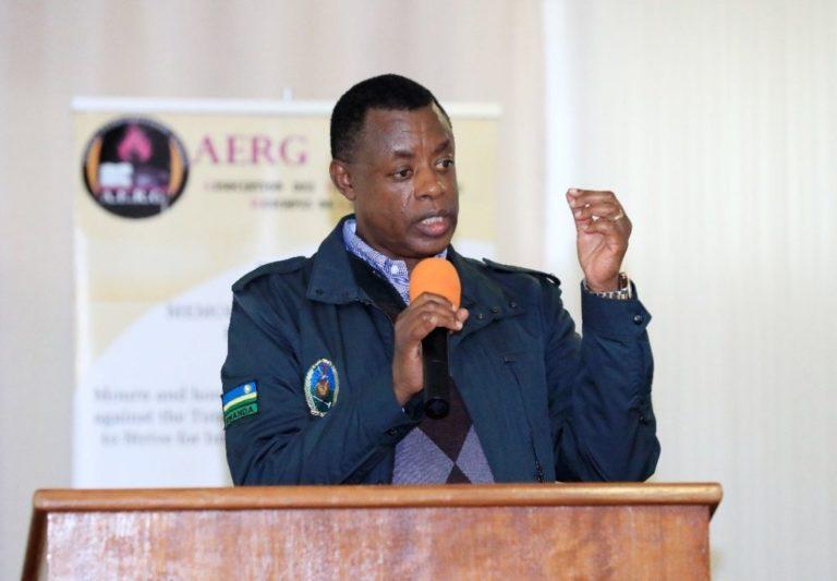 Le Général James KABAREBE incite et encourage les jeunes Tutsi à la haine, à la discrimination et à l'hostilité contre les Hutus